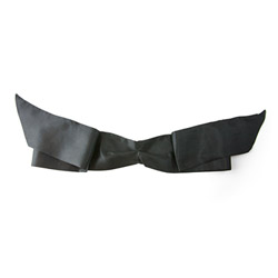 Soft darkness ribbon blindfold - headgear