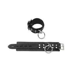 Wrist restraints locking