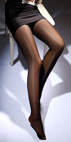 Sheer open crotch pantyhose