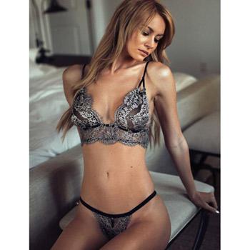 Bra and panty set – Lace temptation bralette set