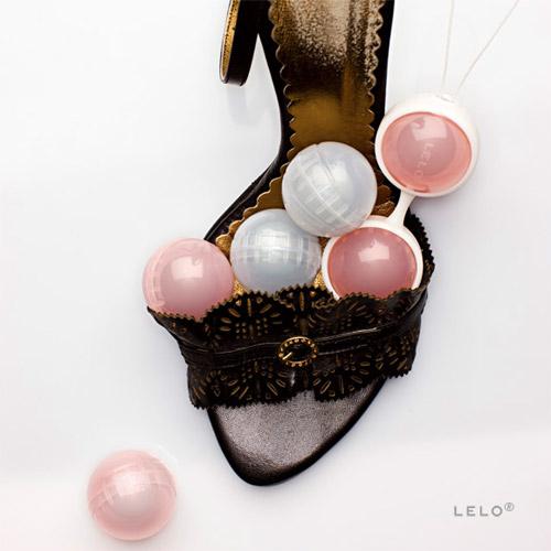 Luna pleasure bead system