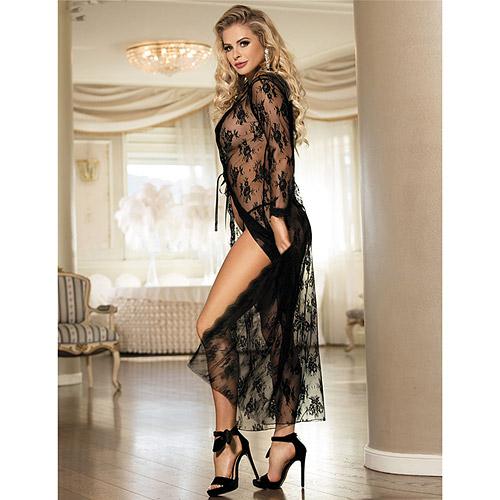Lace maxi robe